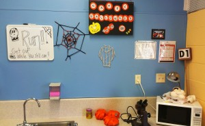 d1 halloween decorating contest